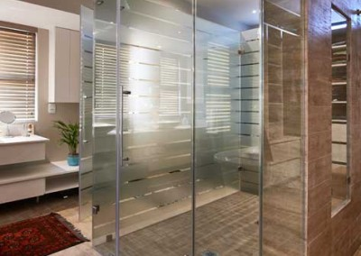 IMAGE SHOWER ENCLOSURE
