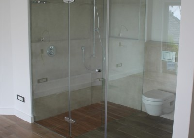 INFINITY GLASS ROOM DIVIDER