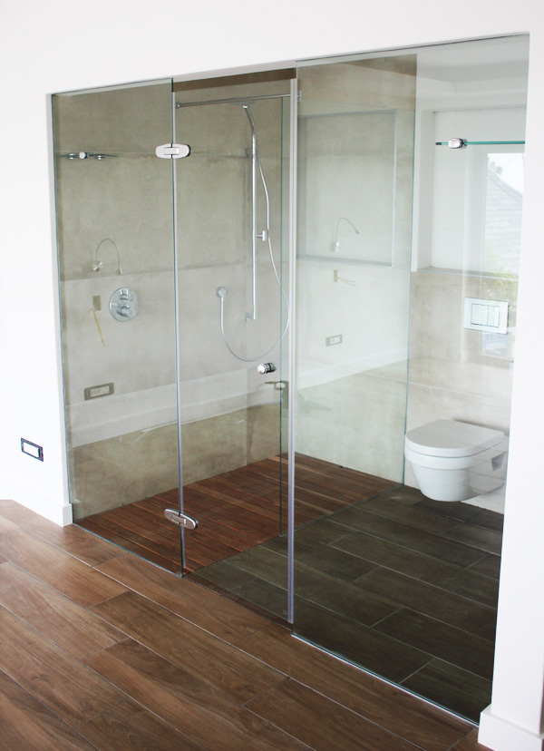 New Infinity Floating Glass Screens And Doors Showerline