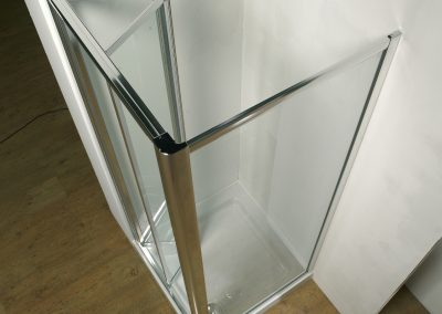 MIRAGE BIFOLD SHOWER DOOR