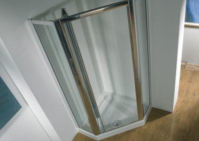 MIRAGE PENTAGON WITH BIFOLD SHOWER DOOR