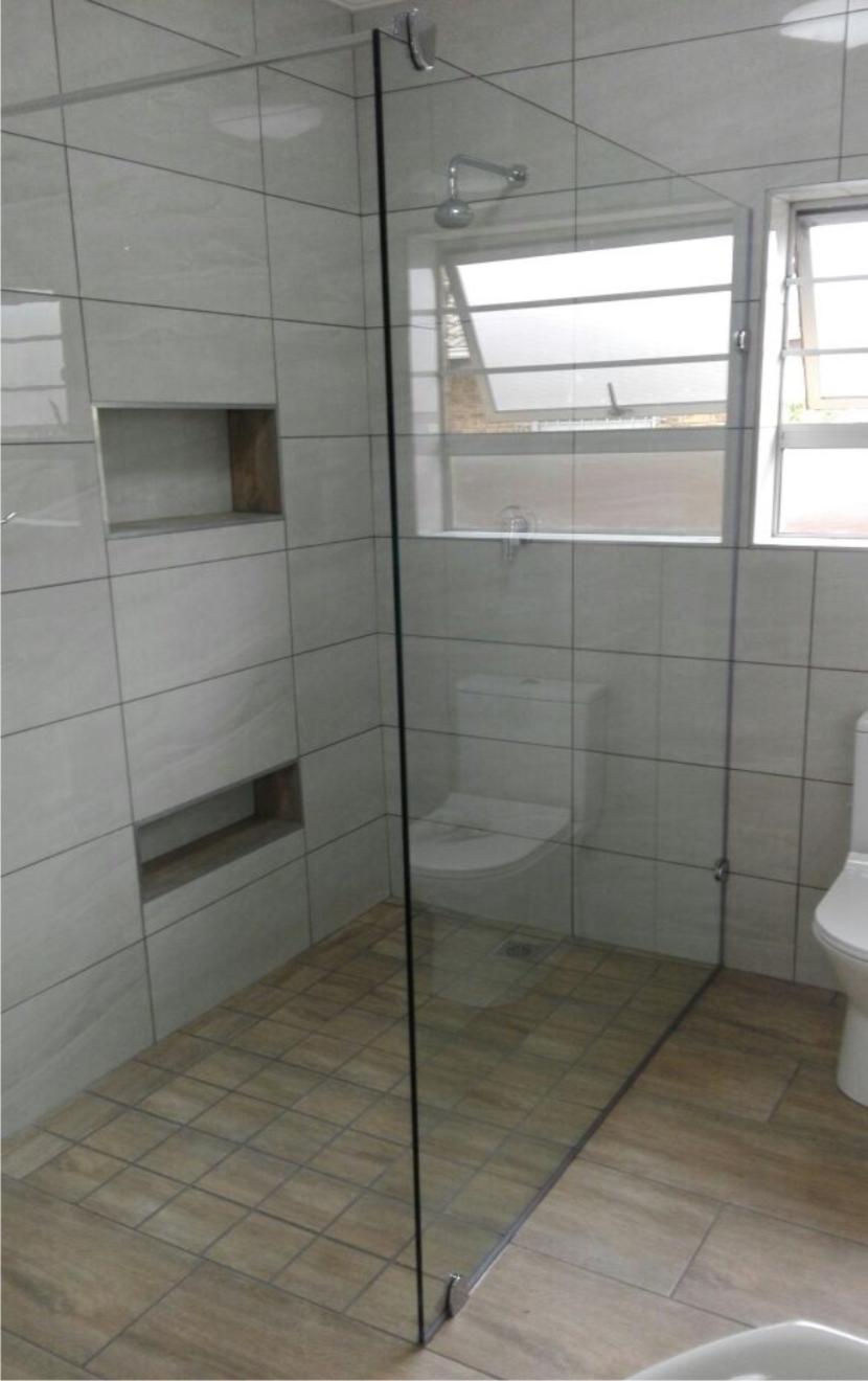 Frameless Showers | Showerline