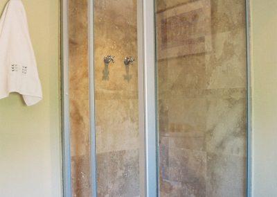 SILHOUETTE INFOLD SHOWER DOOR