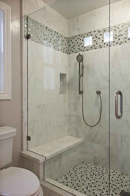 11 Shower with seat