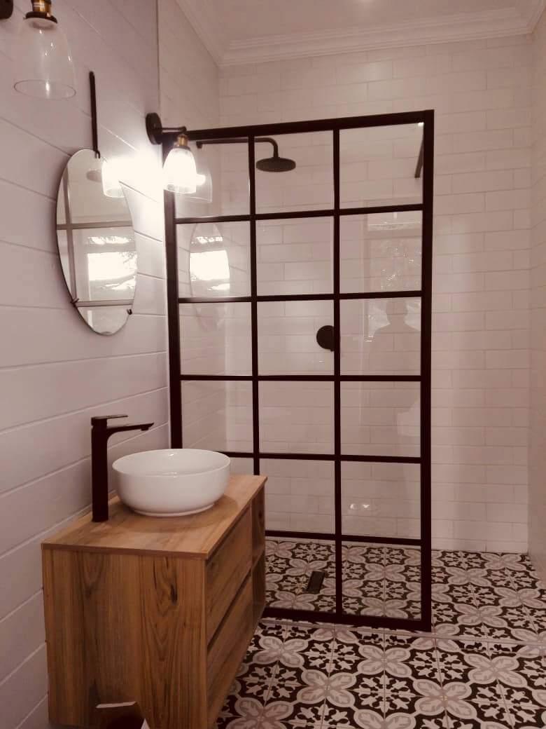 Rustic Shower Range